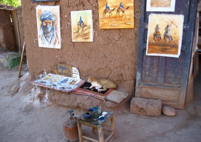 Traditional Ait Ben Haddou artworks